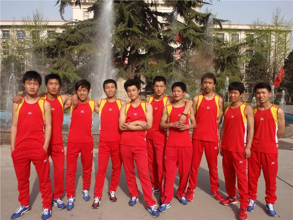 武汉体育生备战艺考
